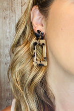 Load image into Gallery viewer, Rectangle Drop Tortoise Acetate Earrings