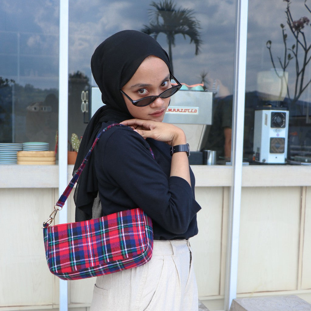 Hobo Tartan Shoulder Bag