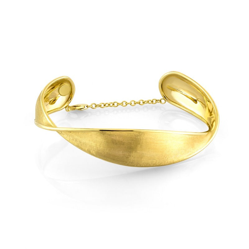 18kt Yellow Gold Twist Satin Bangle