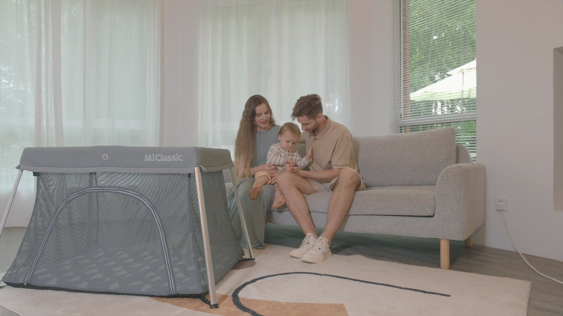 Foldable 2-in-1 Crib & Playard