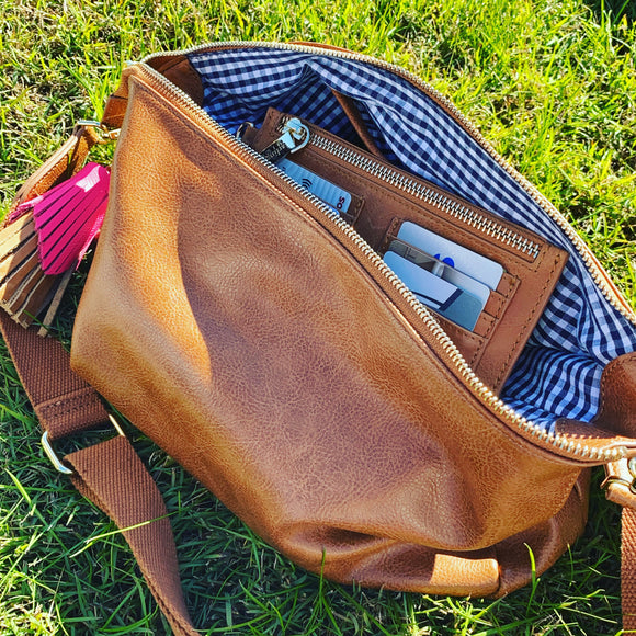 Bowery Shoulder Bag (Tan Pebble)