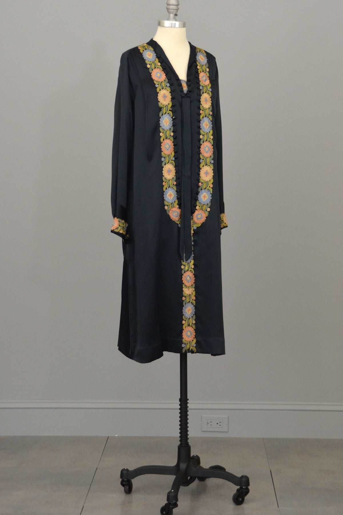 1920s Embroidered Navy Silk Satin Vintage Dress