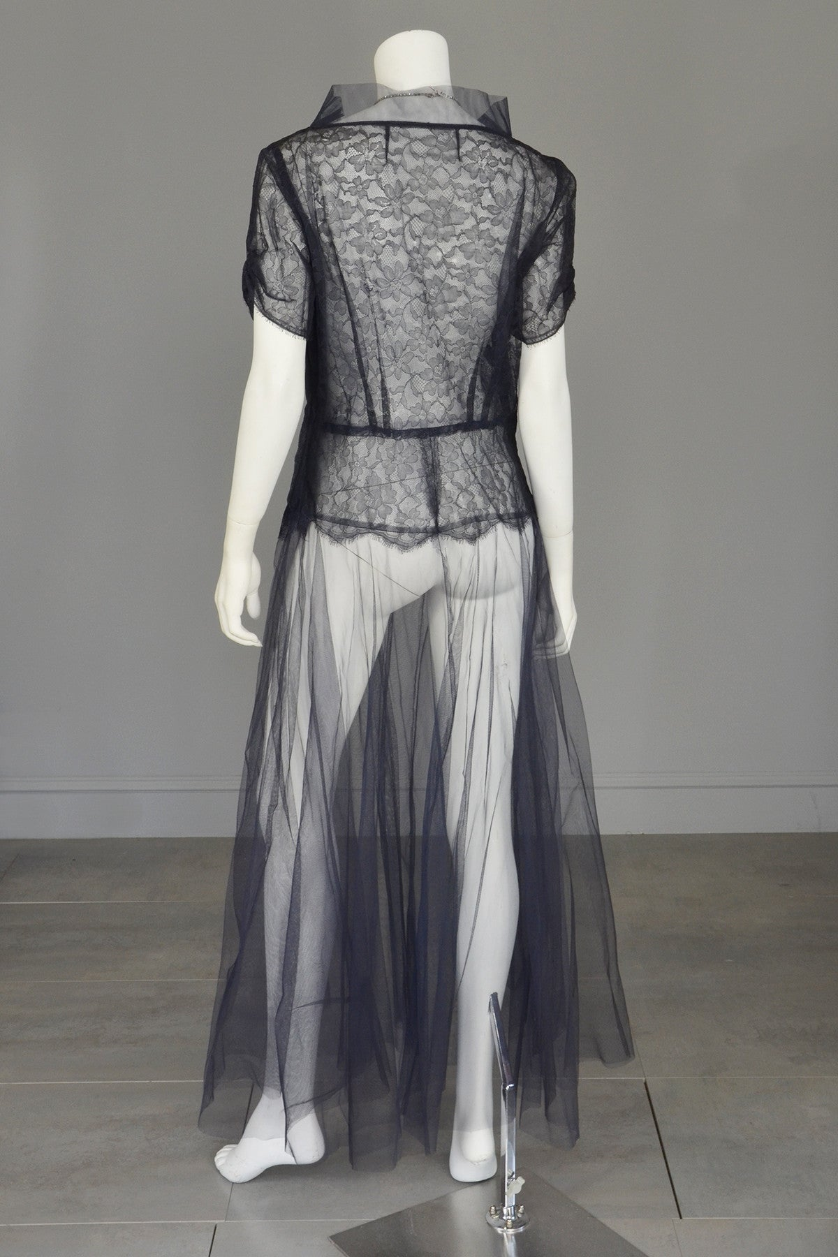 1930s Navy Blue Tulle Lace Vintage Gown