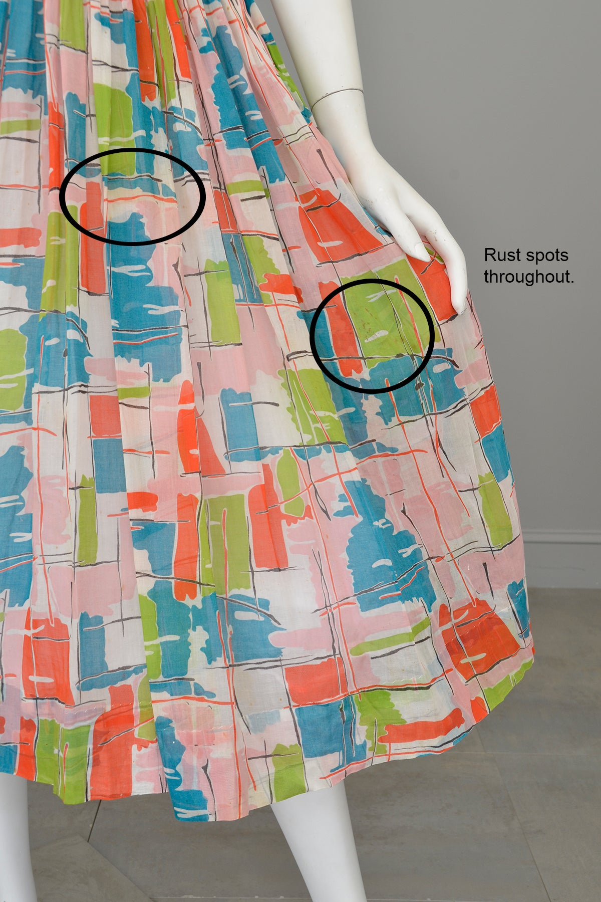 1940s 50s Contemporary Art Print Dress - Restoration piece, needs good cleaning