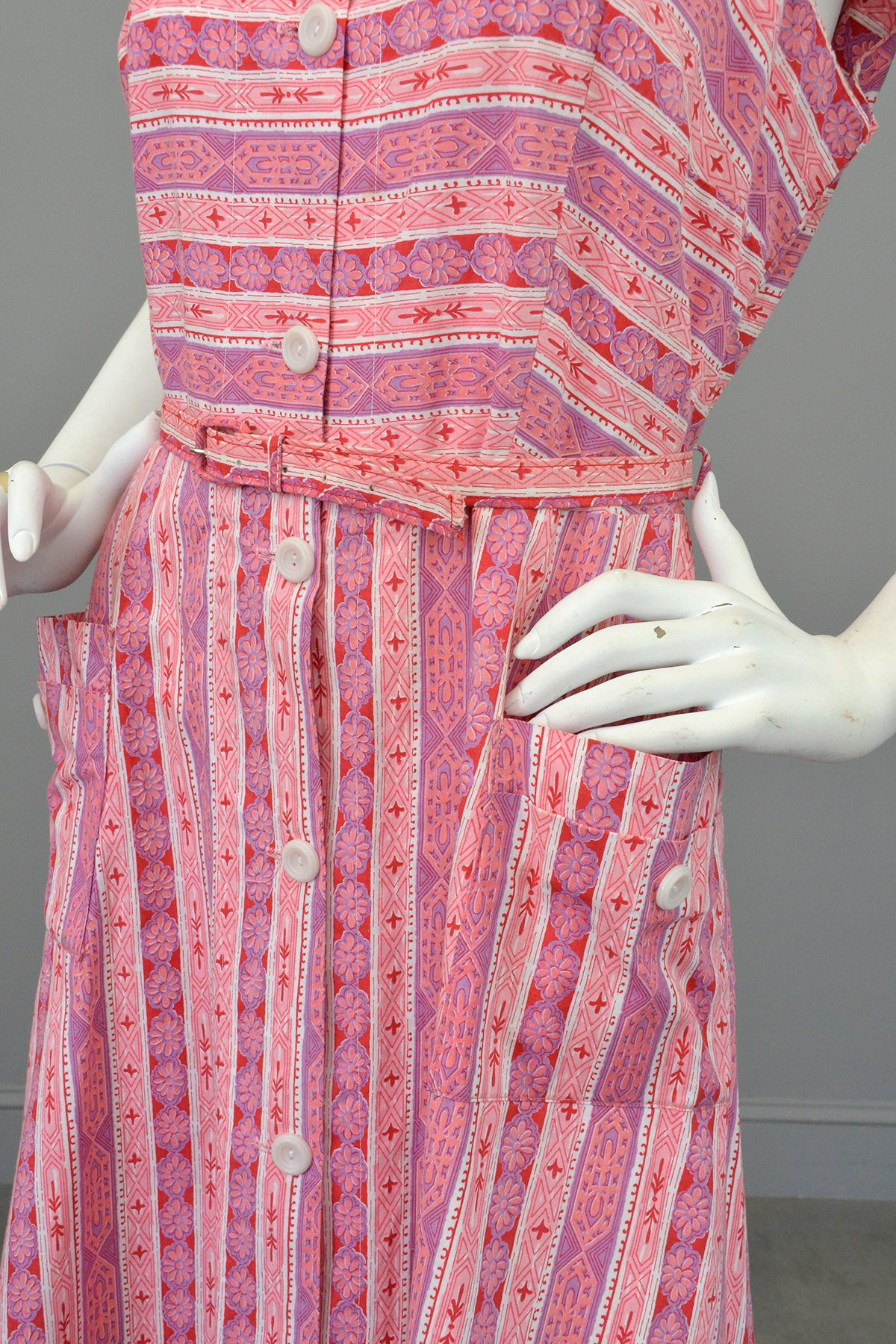 Late 1940s Early 50s Pink Lilac Striped Summer Dress w Pockets, Size L