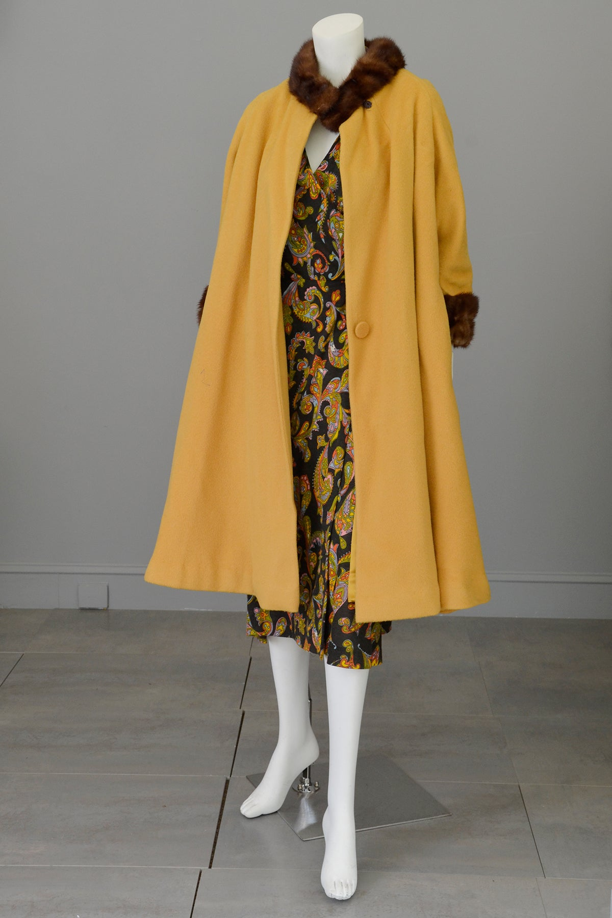 1950s 60s Mink Trim Goldenrod Swing Coat