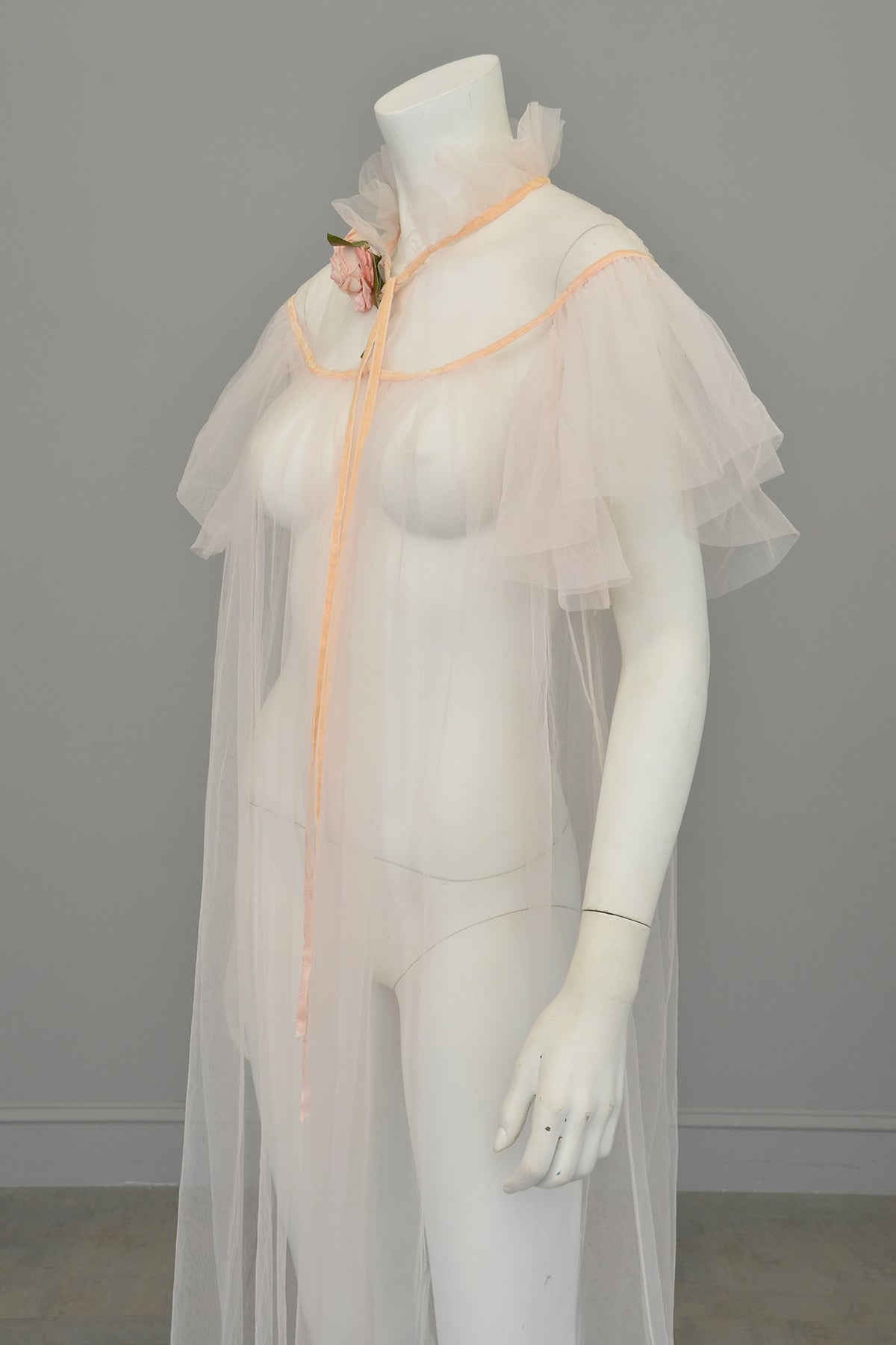 1950s 60s Ethereal Pink Mesh Flutter Sleeves Floaty Robe House Coat by Lady Leonora