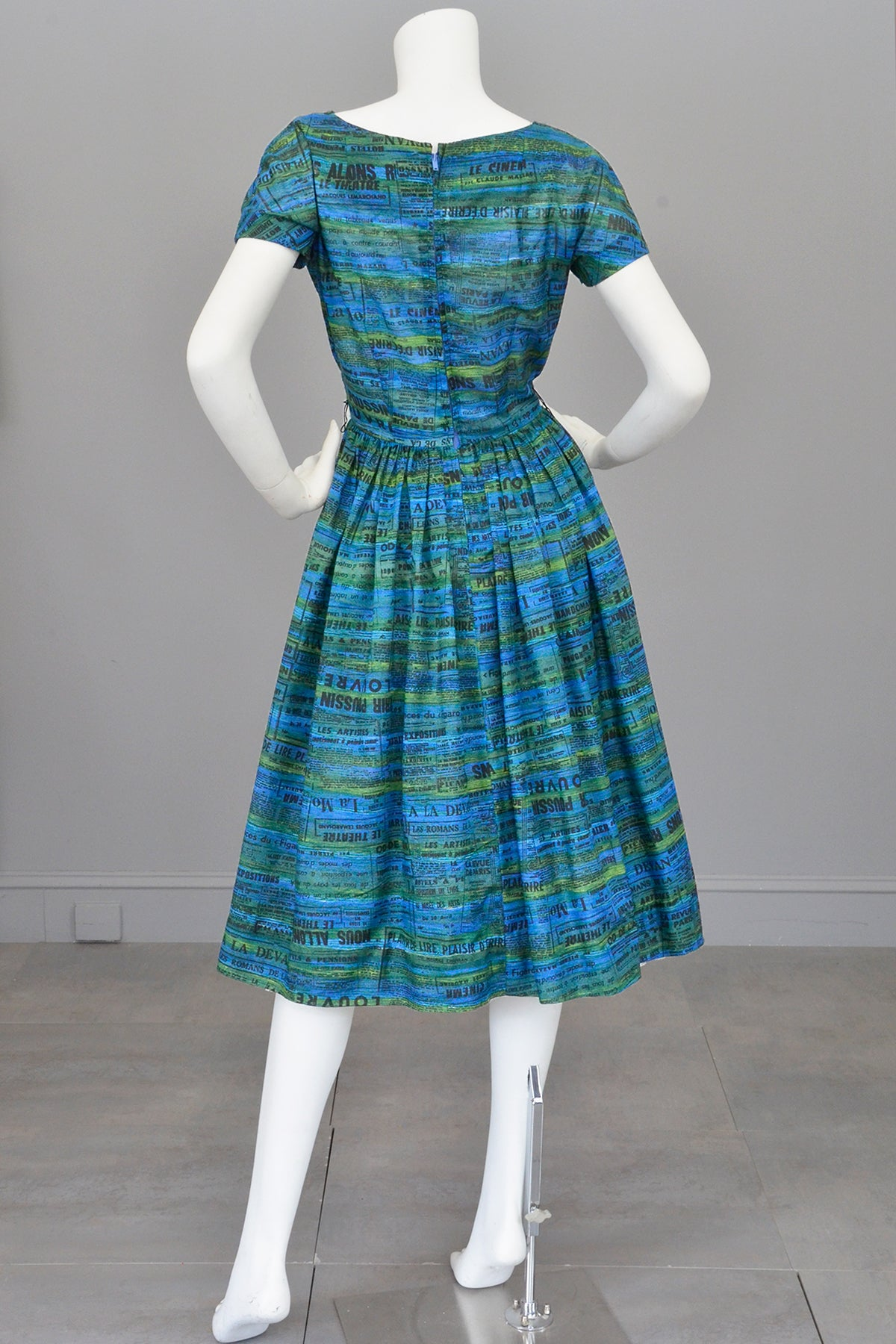 1950s Novelty Print Dress of French Newspaper Advertisements, Pockets, Full Skirt