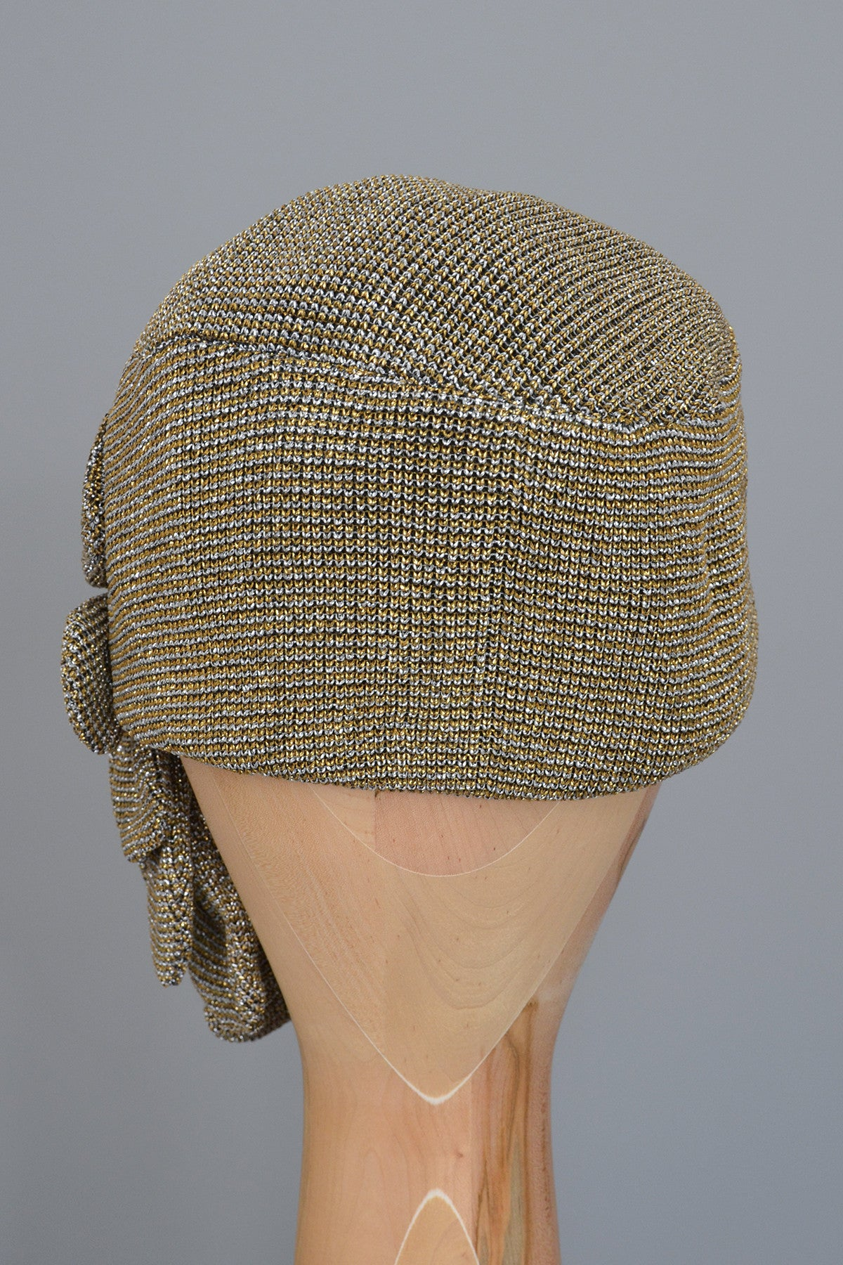 Vintage 1950s Shimmery Gold Silver Metallic Cloche Turban