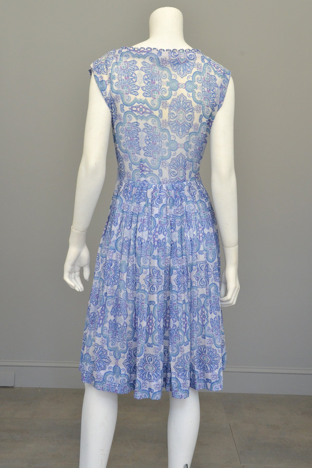 1950s Semi Sheer Blue White Paisley Scallop Trim Starfish Sundress