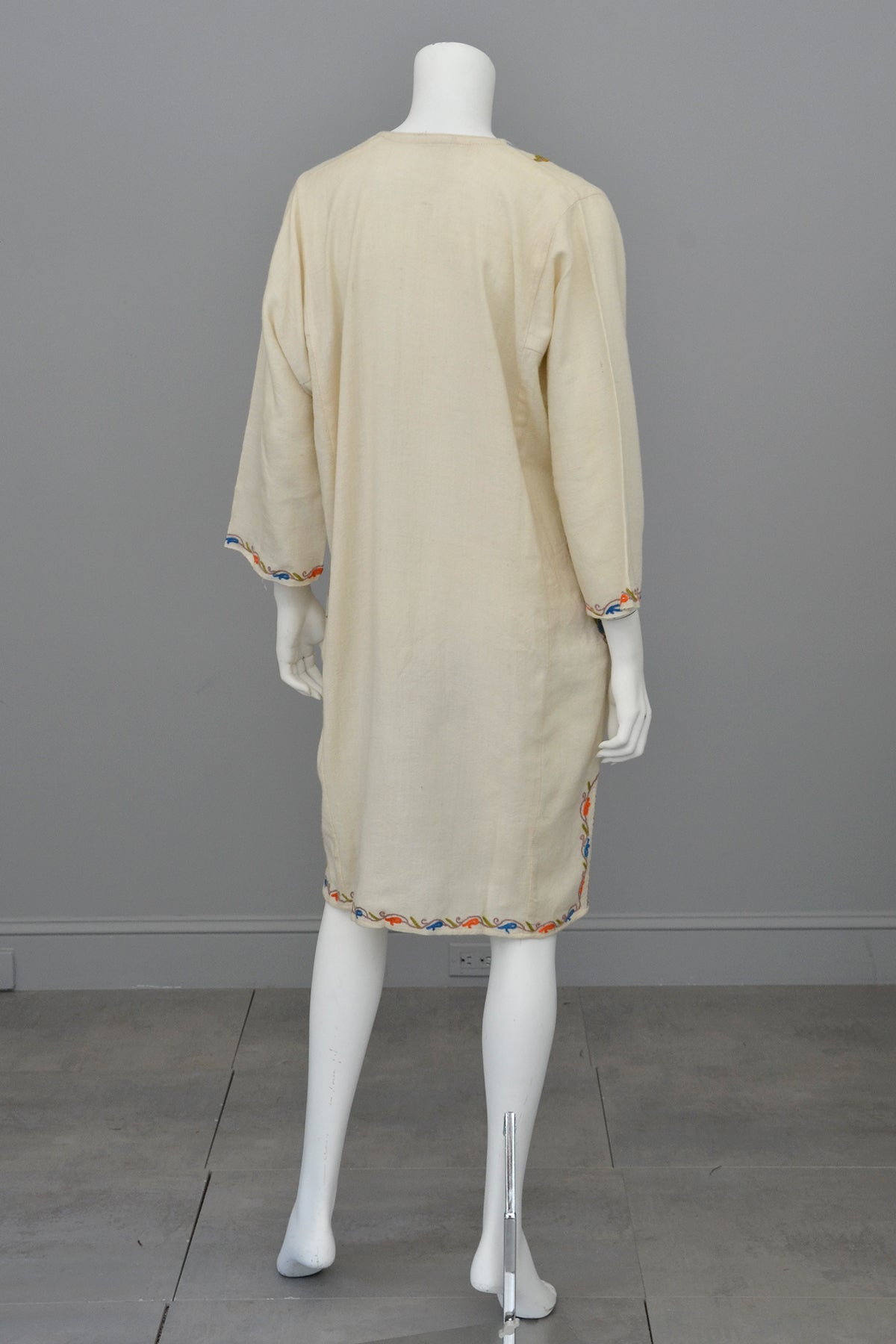 1970s Embroidered Off-White Wool Tunic Caftan Dress, Size L