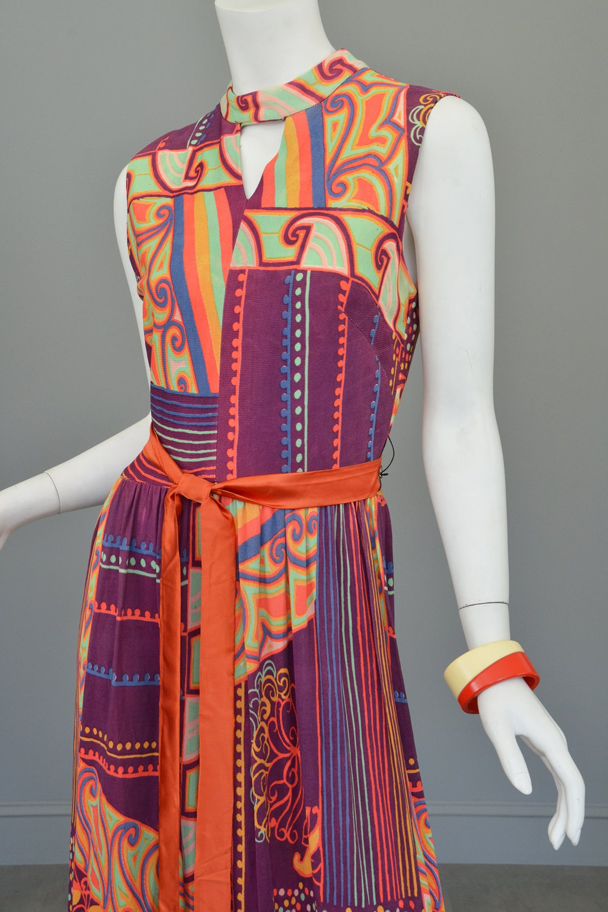 1970s Colorful Op Art Silky Knit Maxi Dress Keyhole Neckline
