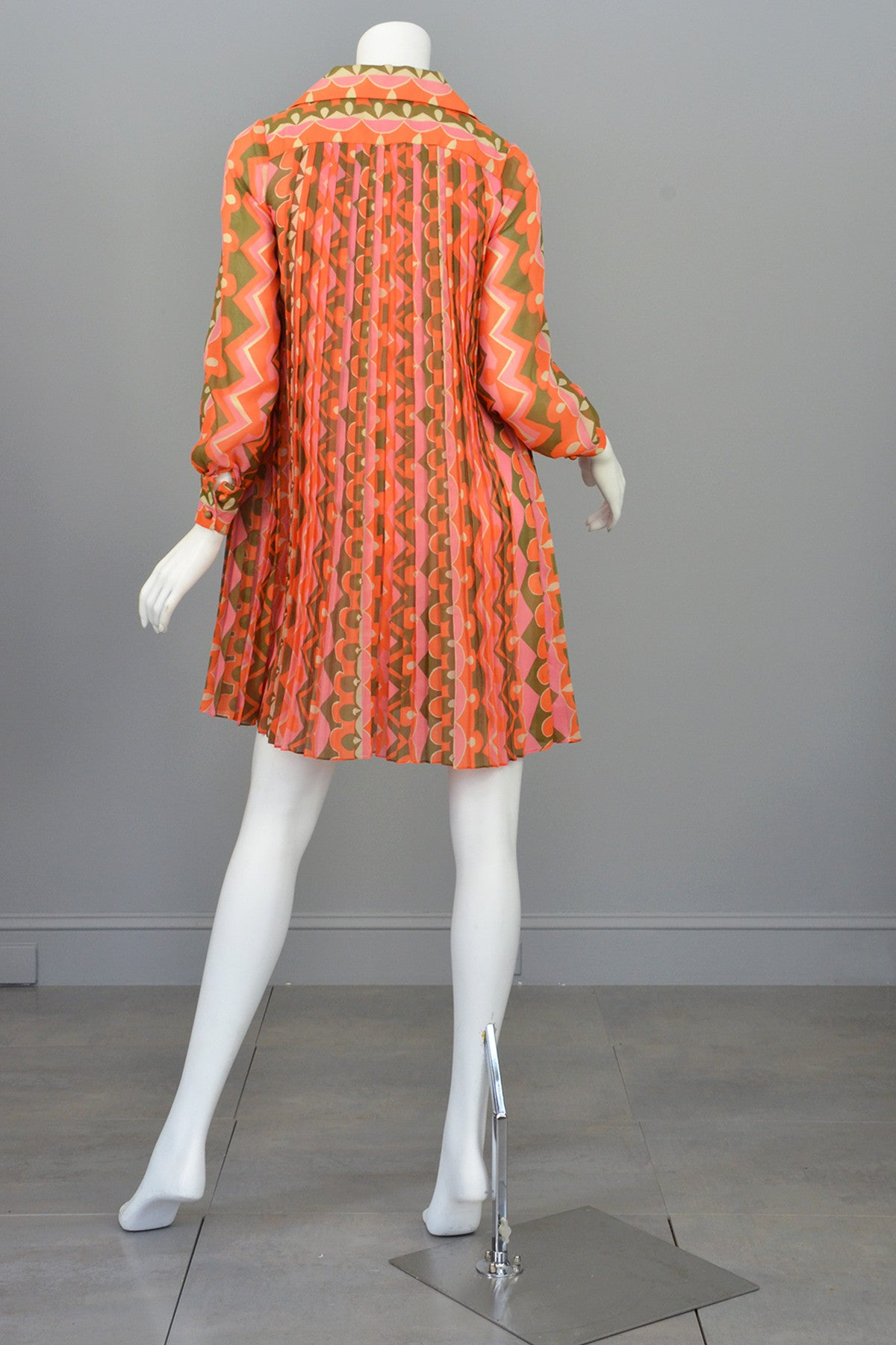 1960's MOD Mini Dress Knife Pleated Sheer Retro Novelty Print Mini Dress Tunic
