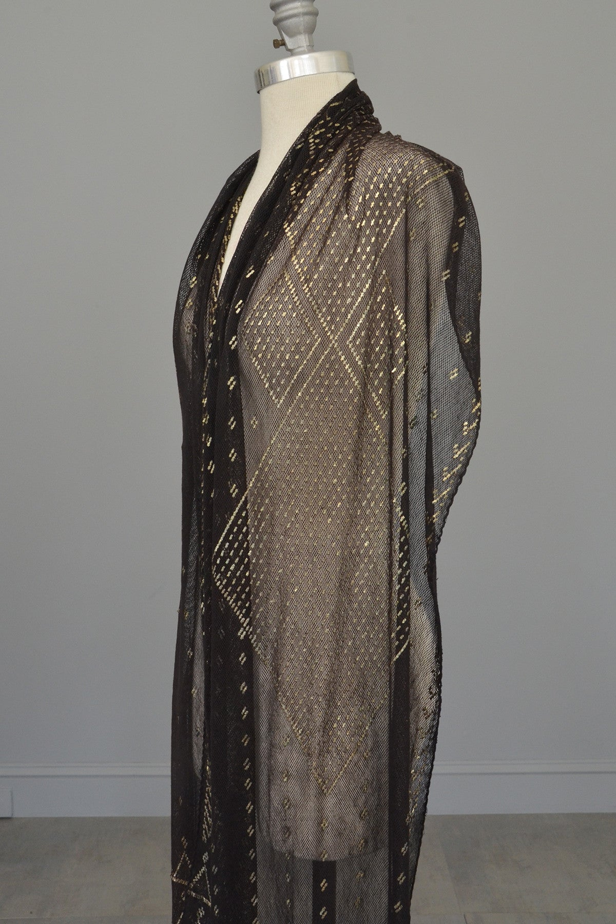 1920s Geometric Black w Silver Nickel Metal Egyptian Assiut Assuit Art Deco Shawl