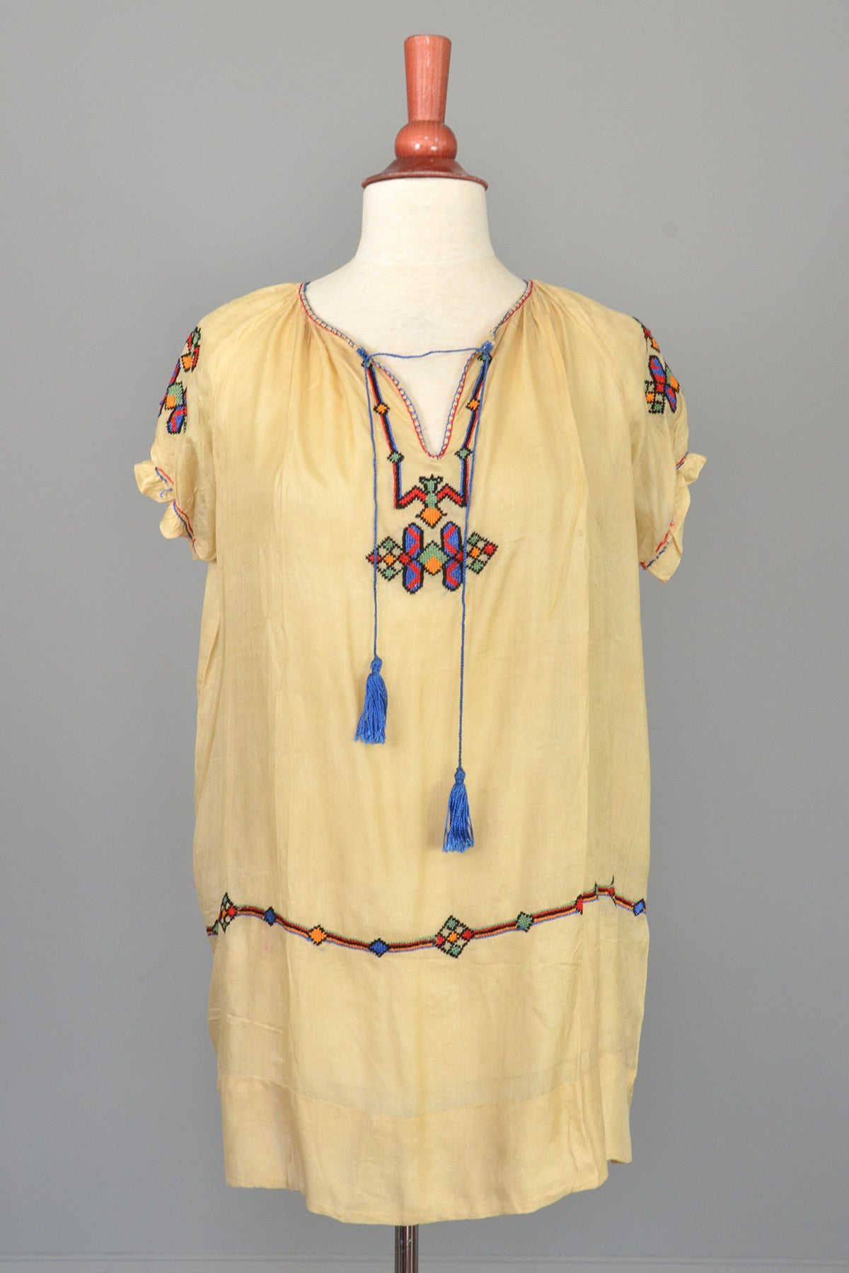 Vintage embroidered tissue silk deco flapper tunic