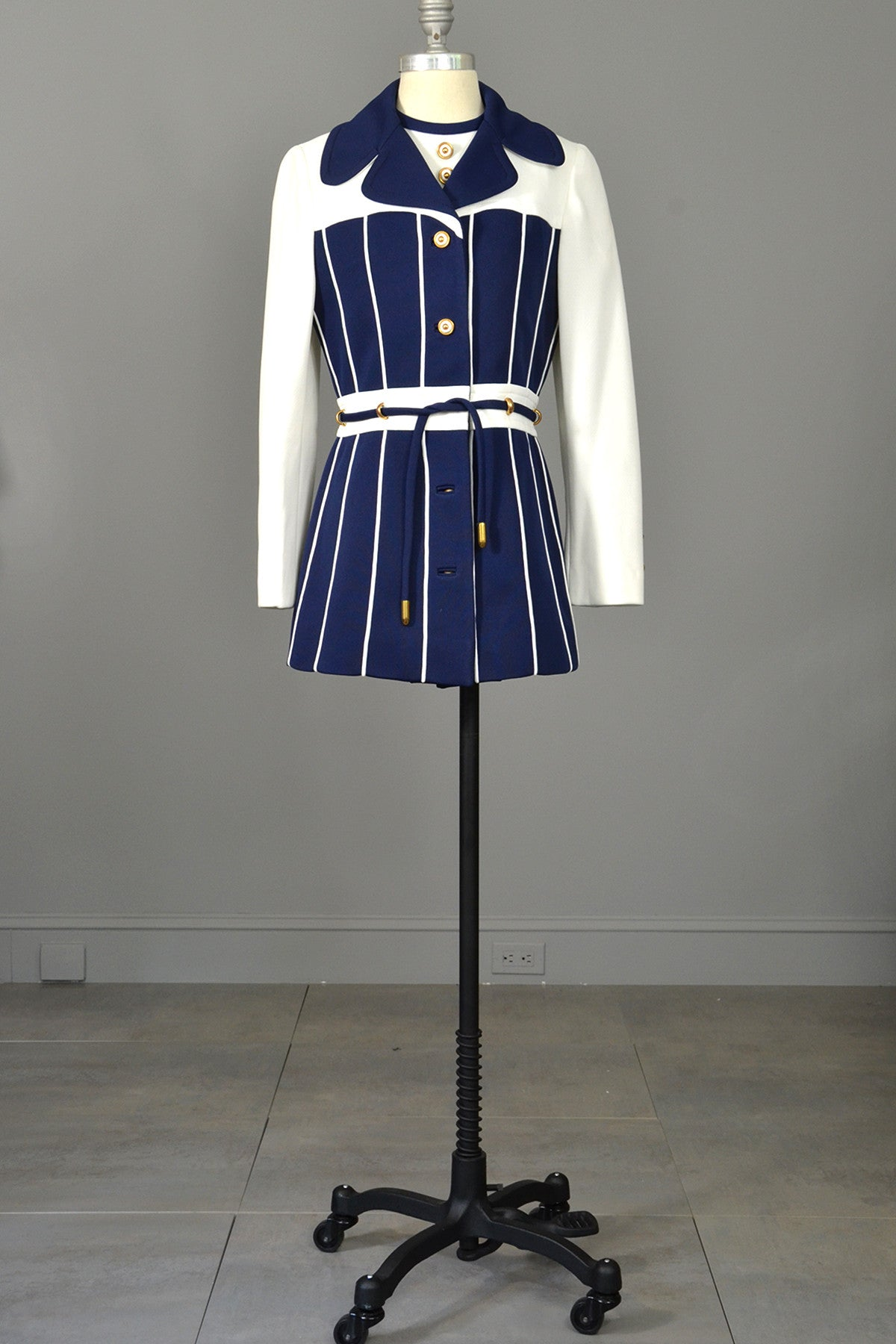 Vintage Lilli Ann Navy Blue and White Nautical Mini Coat