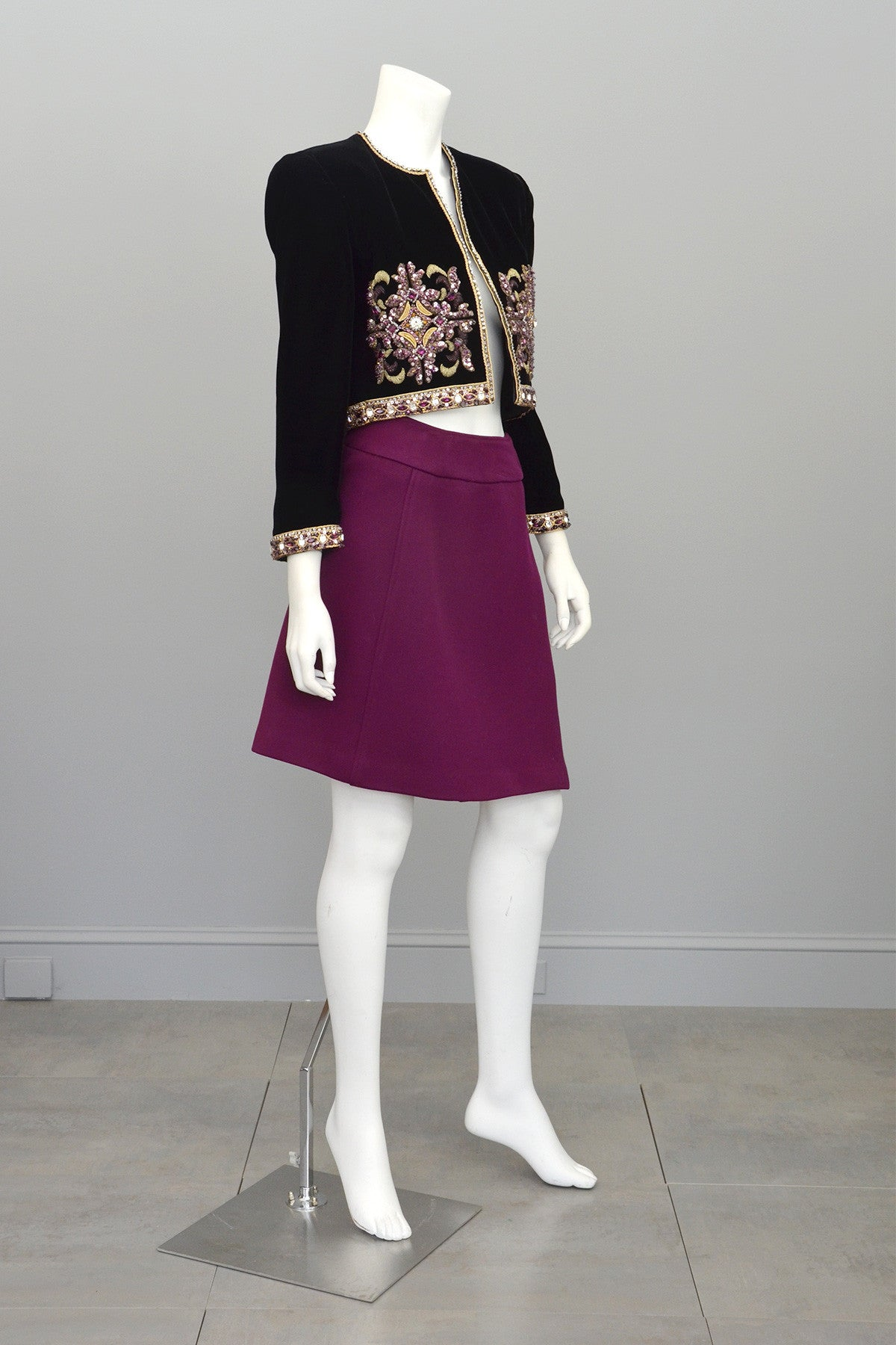 Mary McFadden Plum Velvet Beaded Cropped Evening Jacket
