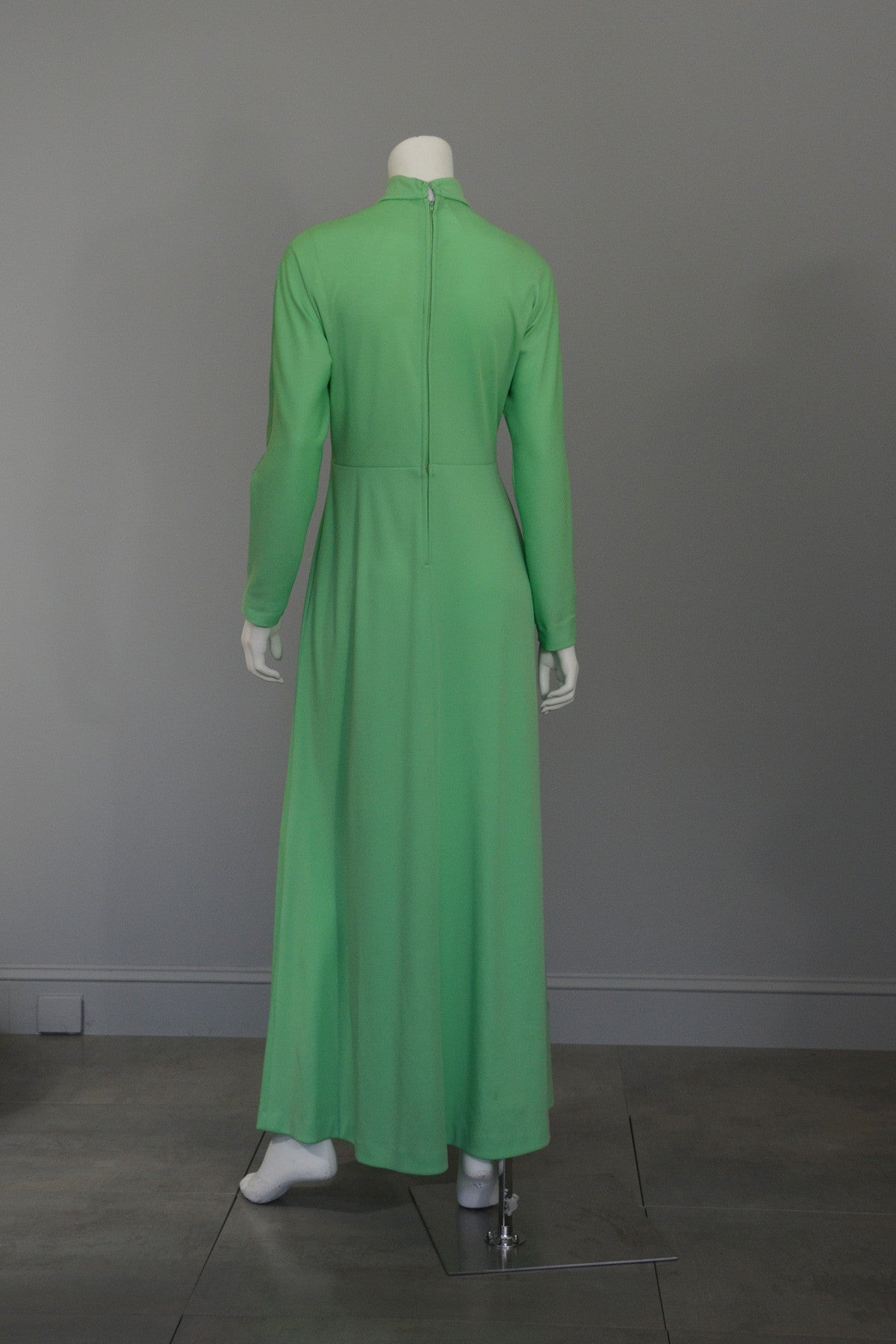 1970s Mint Green 'Katy Perry' Cutout Knit Maxi Dress Disco Era Keyhole Bodice, Size L