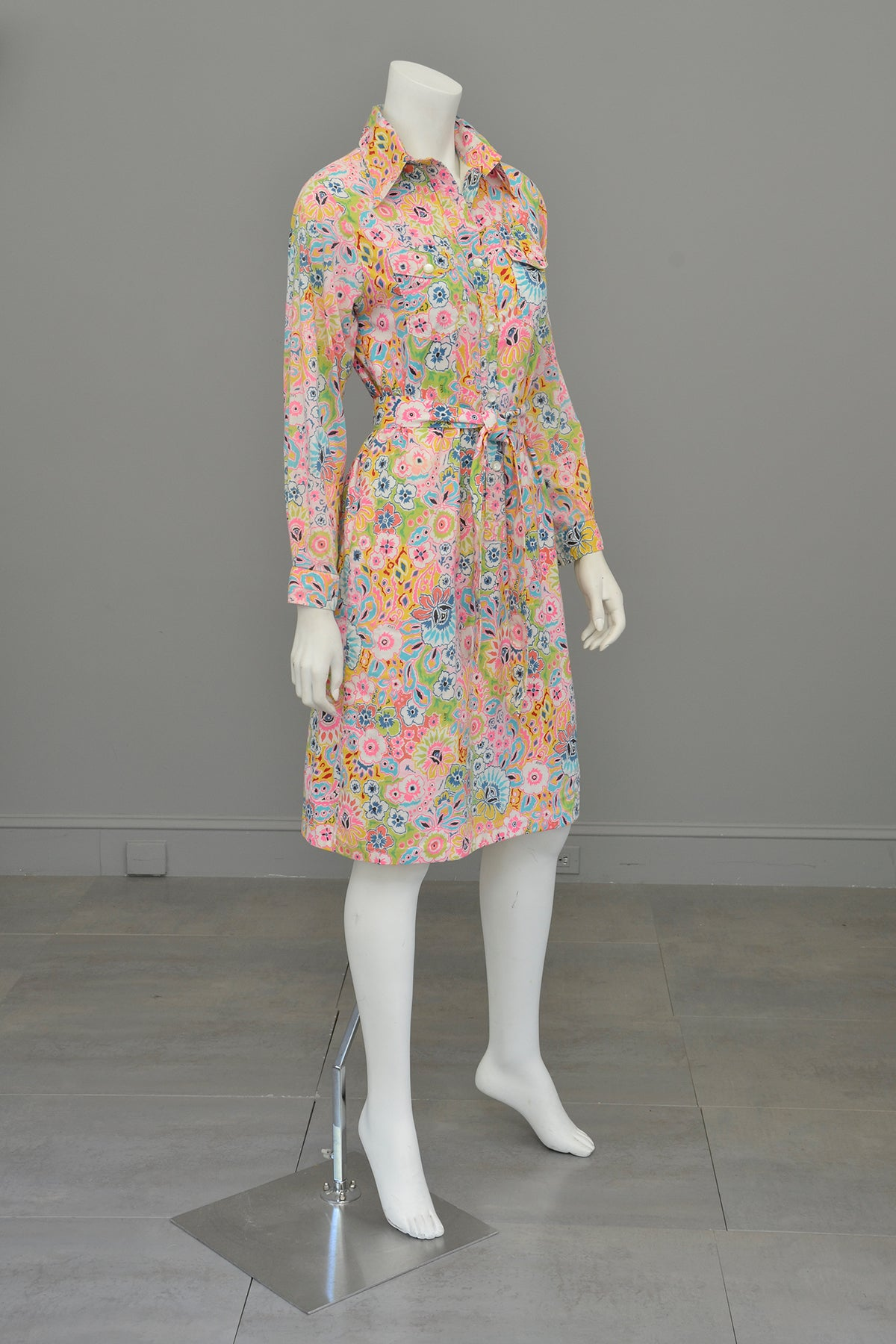 1960s Vintage Lilly Pulitzer Floral Print Button Down Dress | The Lilly Dress