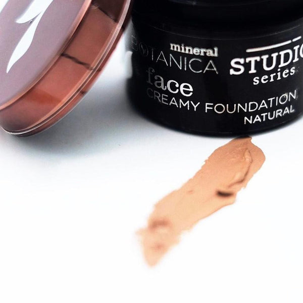 Studio Series - Creamy Foundation