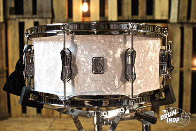 British Drum Co. 14x6.5 Lounge Series Snare Drum - Windermere Pearl (video demo)