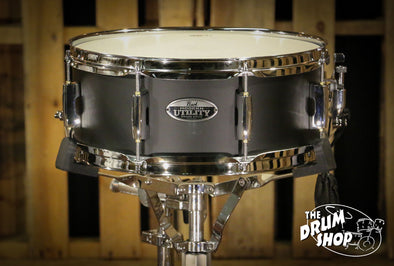 Pearl Modern Utility Snare Drum 5.5x14 Satin Black