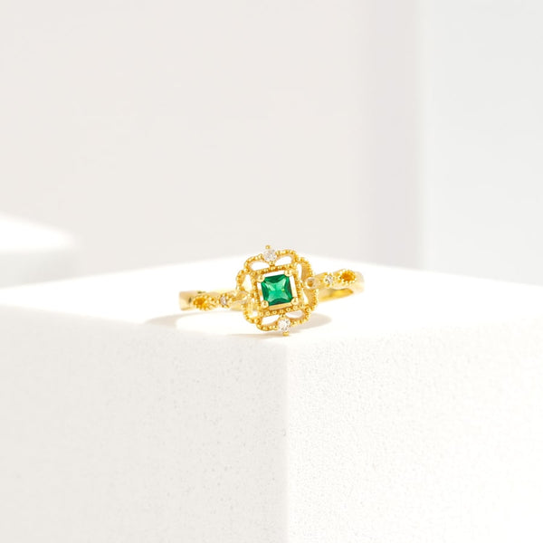 Green Ivy Emerald Vintage Open Ring