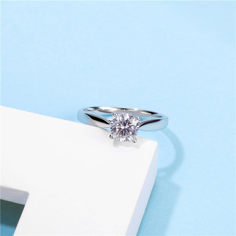 Classic Four-Prong | Solitaire Diamond Ring (0.5ct)