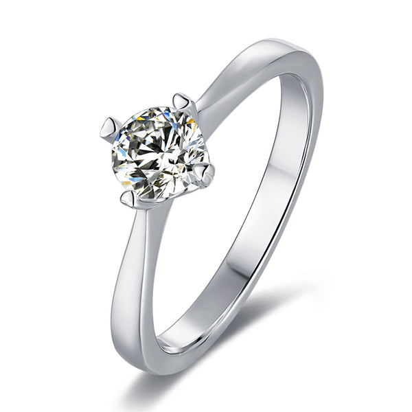 Heart | Solitaire Moissanite Ring (0.5ct)