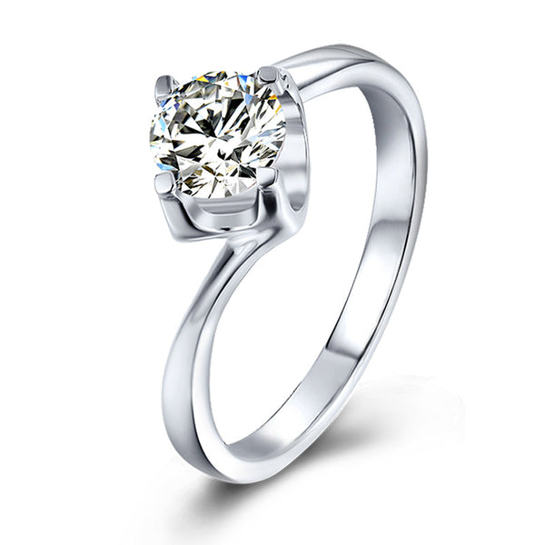 Tauren | Twisted Band Moissanite Ring (0.5ct)