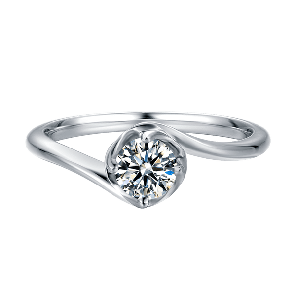 Darling Bud | Solitaire Moissanite Ring (0.5ct)