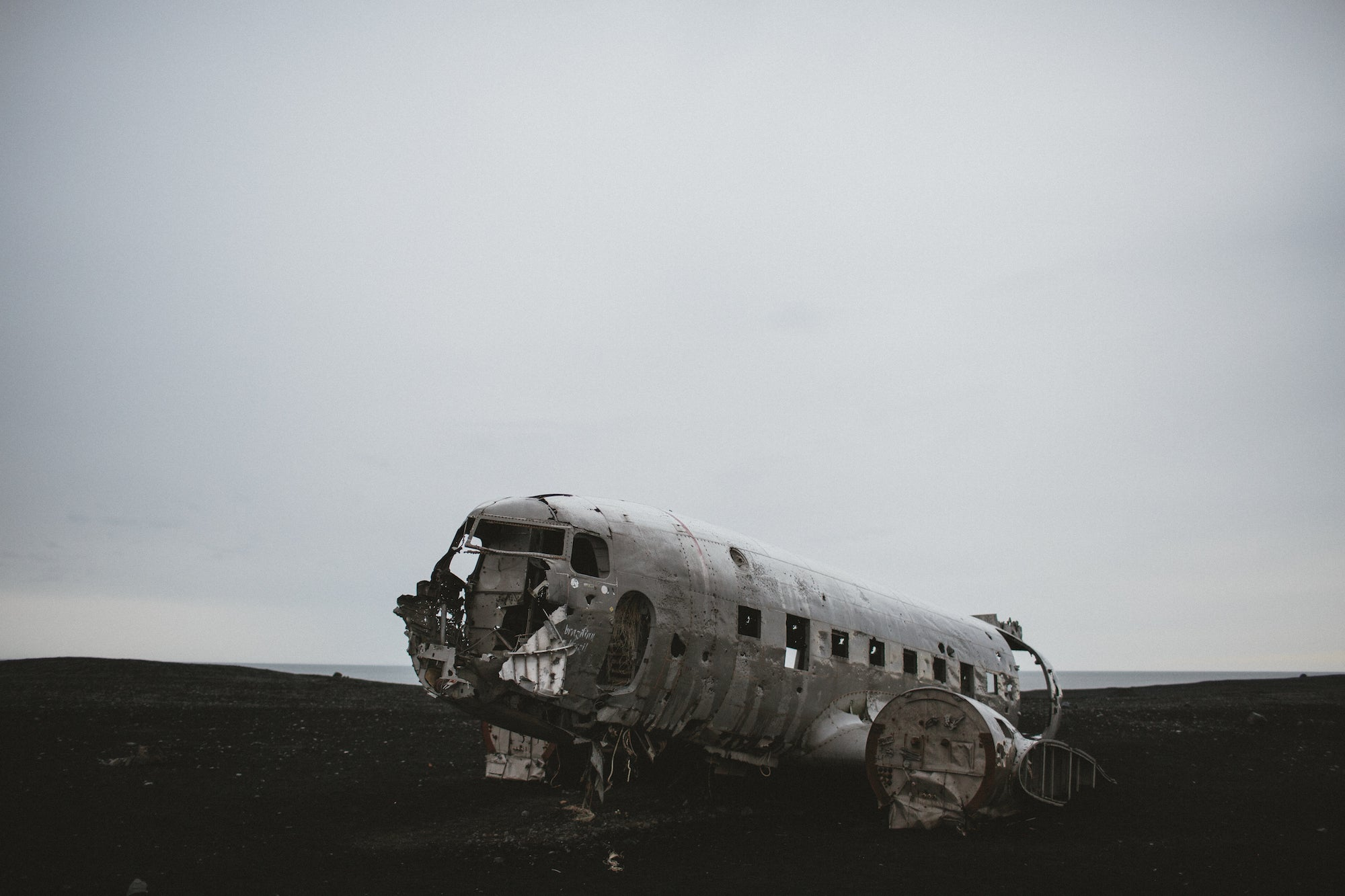 plain crash wreckage iceland