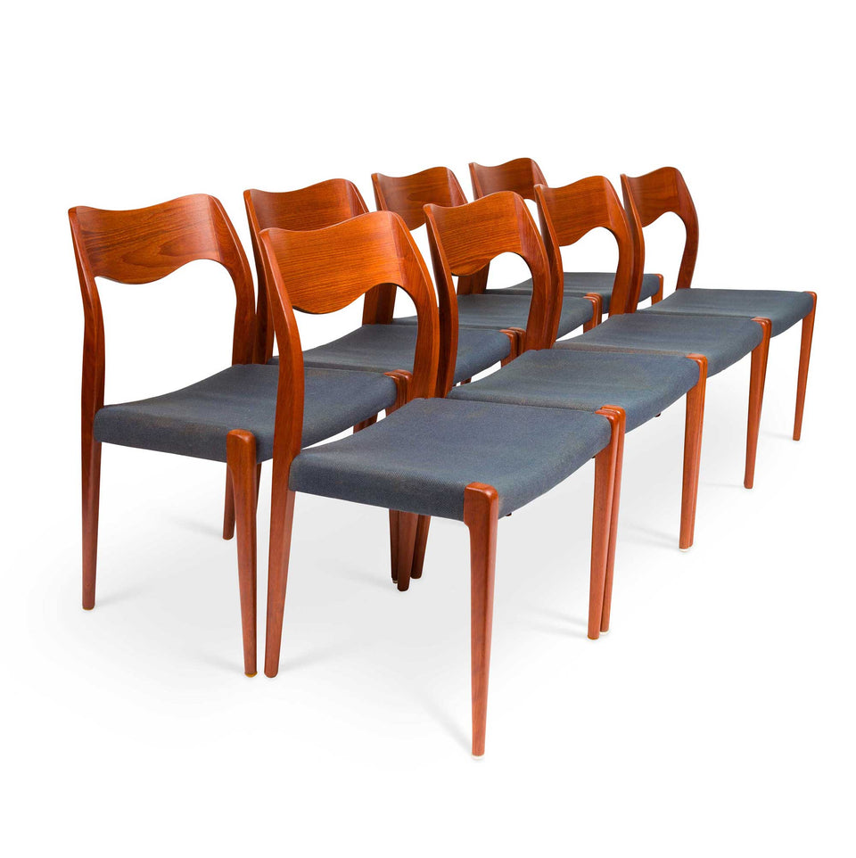 Set of Eight Vintage Møller Model 71 Dinning Chairs