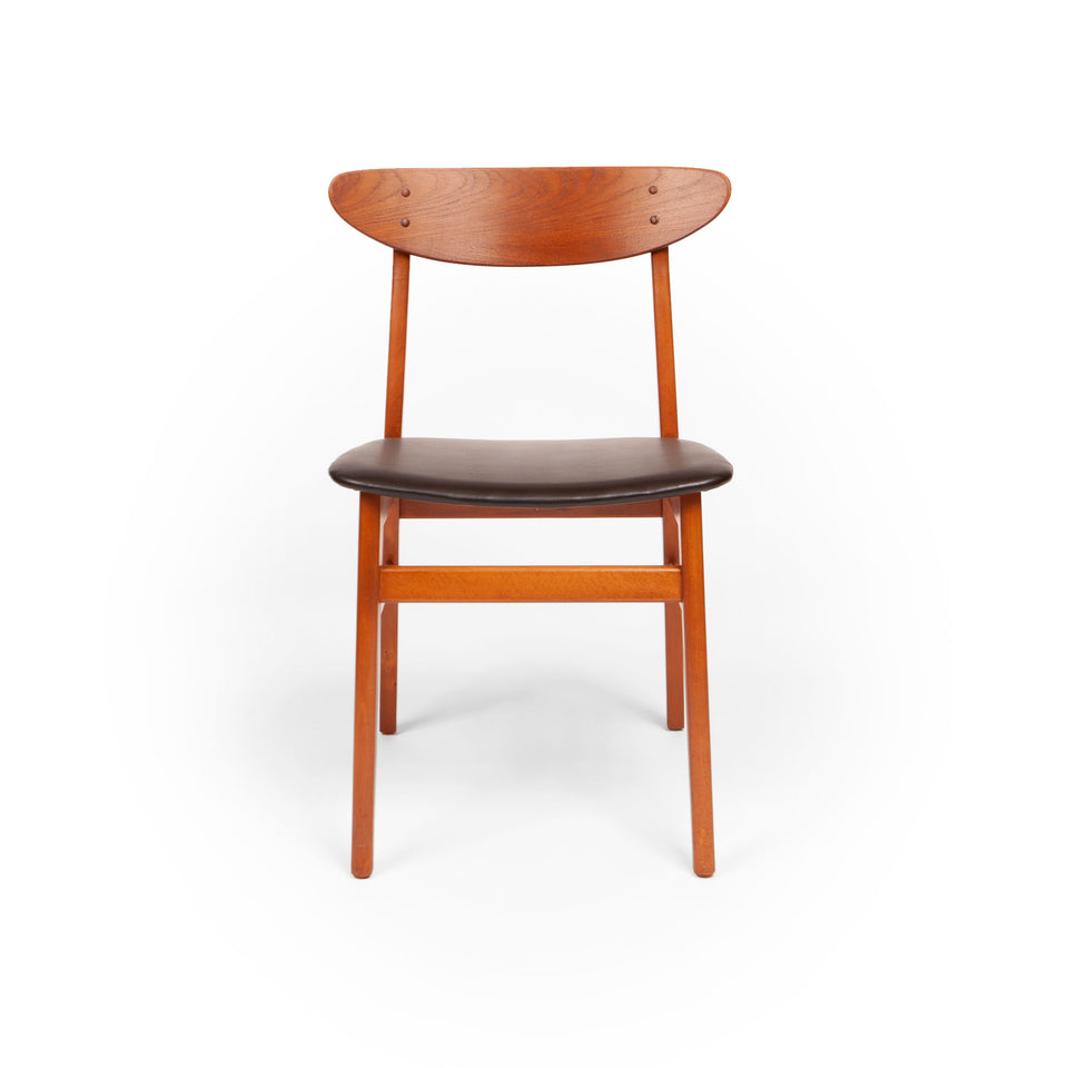 Set of Eight Farstrup Møbelfabrik Teak Danish Modern Dining Chairs, 1960s