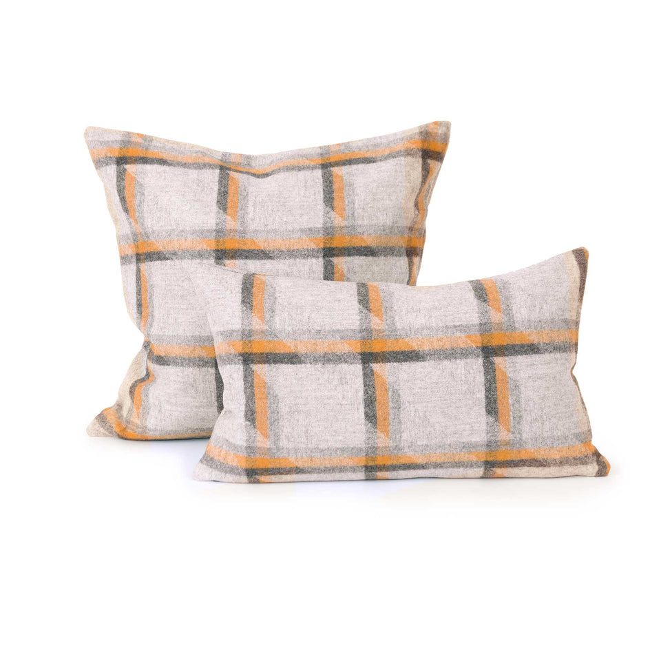 Camira Landscape Colection Symmetry Throw +  Lumbar Pillow Cover