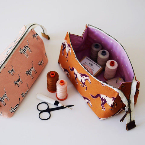 comfortstitching-Pop Open Pouch Pattern-sewing pattern-gather here online