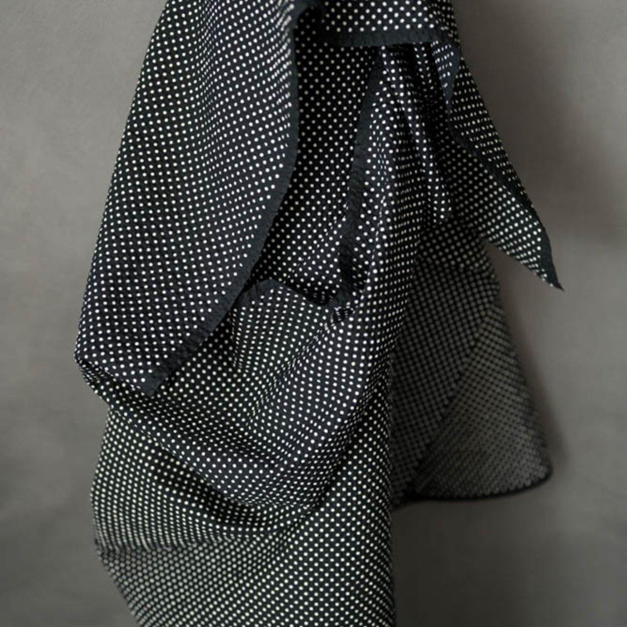 Merchant & Mills-Moyo Black - Seersucker-fabric-Default-gather here online