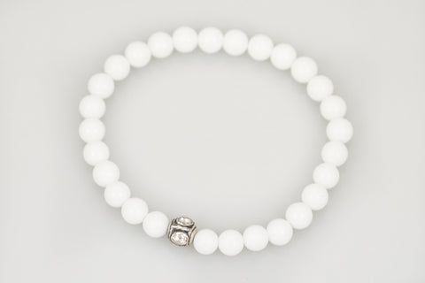 White Small Agate Beads with a Small Polki Diamond Bead - Katie