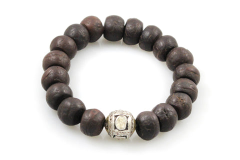 Bodhi Seeds with a Large Polki & Pave Diamond Bead