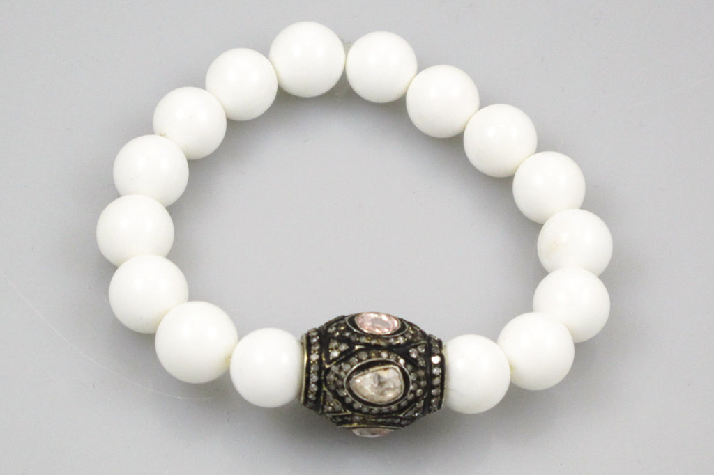 White Agate Beads with a Large Polki and Pave Diamond Bead