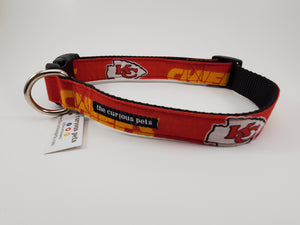 The Curious Pets Red Chiefs Dog Collar