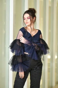 BLUE BLACK FRILLY SLEEVE TOP