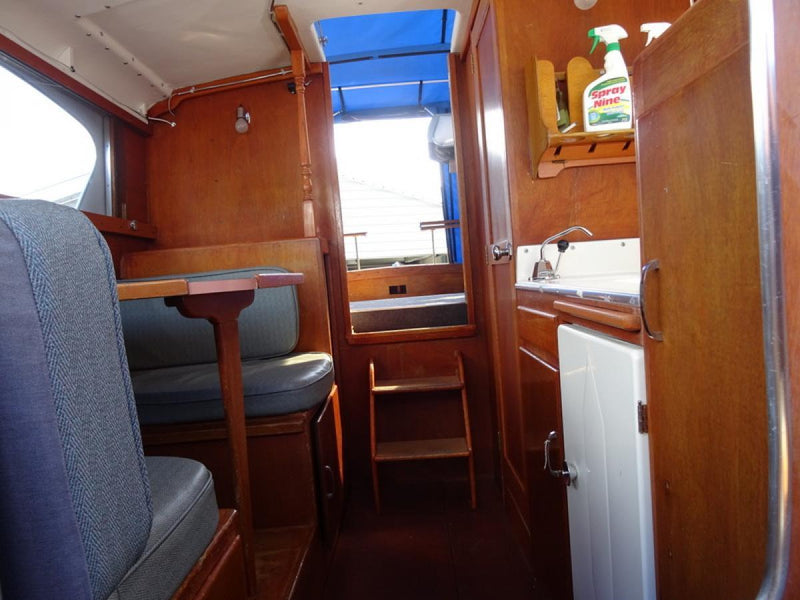 Classic Wooden Boat for Sale -  1961 TOLLEYCRAFT 26' CRUISER