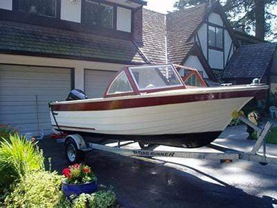 Classic Wooden Boat for Sale -  1964 THOMPSON 18' SUPER SEA LANCER