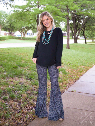THE WILD ONES LEOPARD FLARE PANTS/DARK GREY-6122E