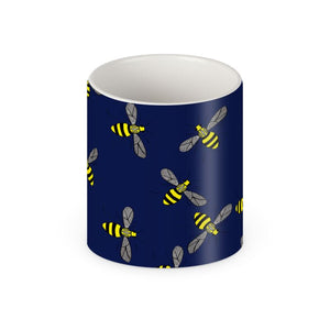 Bee on a navy background mug