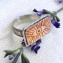 Load image into Gallery viewer, Talisman Eye Ring size 9