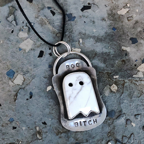 Howlite ghost halloween jewelry necklace