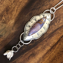 Load image into Gallery viewer, Purple Passion Agate Blossom Necklace