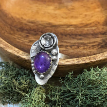 Load image into Gallery viewer, Amethyst Flower Ring (7)